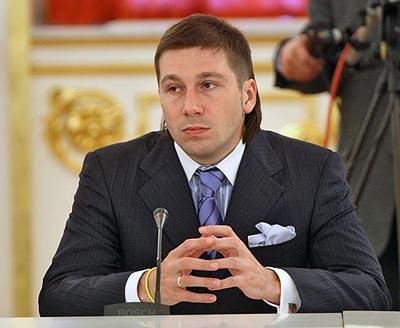Евгений чичваркин в костюме